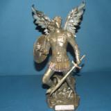 Statuette Saint Michel